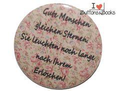 Spruchbutton-50mm-Button-Anstecker-groß+Sterne+von+Buttons&Books+auf+DaWanda.com