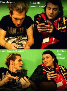 Frank Iero and Mikey Way Frankie sexted the wrong number again - Atpl Theorie - Air Force Emo Bands, Music Bands, Pop Punk Bands, My Chemical Romance, Band Memes, Mcr Memes, Music Memes, Mikey Way, Black Parade
