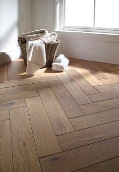 Engineered Parquet Flooring, Flooring On Walls, Wood Tile Floors, Solid Wood Flooring, Natural Wood Flooring, Home Flooring, Wood Parquet, Bedroom Floor Tiles, Wood Bedroom