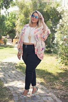 plus size summer outfits Xl Mode, Mode Plus, Curvy Outfits, Fashion Outfits, Womens Fashion, Work Outfits, Fashion 2016, Sexy Outfits, Fashion Clothes