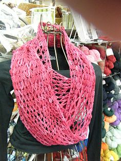 Love-Me-Knot Cowl