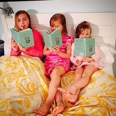Bedtime reading! ❤️❤️❤️ These beauties belong to @amystricksan who is one of the role models for the book!