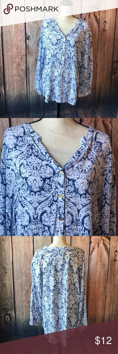 "Grand & Greene 2X V neck blouse Grand & Greene blue and white Long Sleeve Top. Hi low top and gas 3 gold buttons down collar area Pit to pit 25"" Shoulder to back bottom hem 32"" Great Condition Grand & Greene Tops Blouses"
