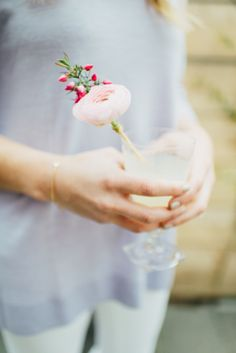 DIY Fresh Flower Drink Stirrer | Photography: Cambria Grace Photography - cambriagrace.com | DIY + Styling by Lauren Wells - laurenwellsevents.com | Vintage glassware from Pollen Floral Design - bostonpollen.com  Read More: http://www.stylemepretty.com/2014/05/02/diy-fresh-flower-drink-stirrer/