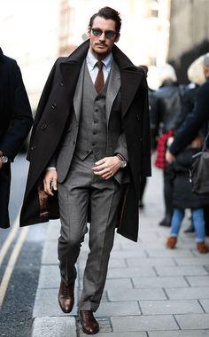 Mens Fashion Week Fall 2015 Street Style women beauty and make up London Mens Fashion, Mens Fashion Week, Mens Fashion Suits, Men's Fashion, Street Fashion, Fashion Trends, Fashion Guide, Fashion Menswear, Fashion Updates