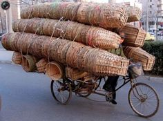Basket vendor on a #bike  #productivepedals