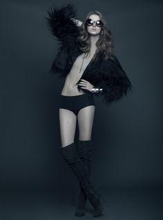 Fur Fashion - Adriana Tyllmann (L'Equipe Agence) by Roger Macedo