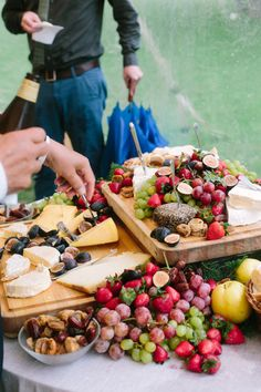 Wedding food | Wedding & Party Ideas | 100 Layer Cake