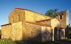 Iglesia de Santa María de Bendones, Oviedo.Prerrománico.