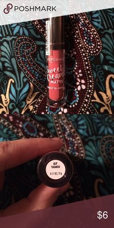 """Jordana Sweet Creme Matte liquid lip in 'Tiramisu' Jordana's Sweet Creme Matte liquid lip in 'Tiramisu' is a matte liquid lipstick is a """"dusty warm terracotta"""". Its a beautiful and very trendy color right now. Similar to Colourpop's 'Bumble' UML and NYX's Lip Lingerie in 'Exotic'. Great formula! Brand new, never opened! Free gift with purchase. Jordana Makeup Lipstick"""