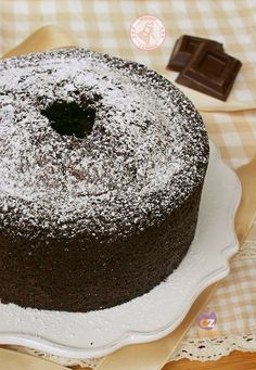 CIAMBELLONE AL CIOCCOLATO SOFFICISSIMO Tart Recipes, Sweet Recipes, Dessert Recipes, Italian Cake, Italian Desserts, Italian Dishes, Sweets Cake, Cupcake Cakes, Choco Chocolate
