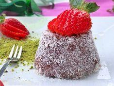 Daha önce hazırladığımız fincan tatlısı çok beğenildi, çok ilgi gördü. Biz de kakaolusunu denedik. Ç