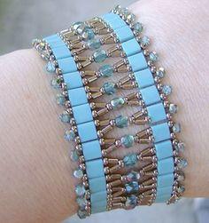 Deborah Roberti has the most beautiful beaded jewelry designs!