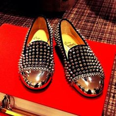 These are wicked! I would hurt myself wearing these. Prom Shoes, Men's Shoes, Dress Shoes, Shoes Men, Christian Louboutin, Buy Shoes Online, Only Shoes, Sneaker Boots, Loafers Men