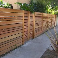 Horizontal Wood Fence Design: Benefits Design Material Options & More – front yard fence ideas Wood Fence Design, Modern Fence Design, Privacy Fence Designs, Privacy Landscaping, Privacy Fences, Modern Fence Panels, Modern Wood Fence, Wooden Fences, Privacy Panels