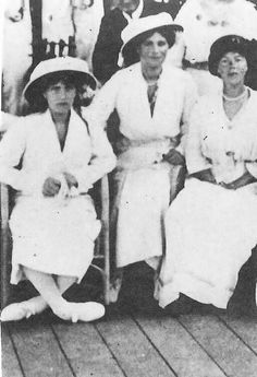 Grand Duchesses Anastasia and Maria with their aunt Grand Duchess Olga Alexandrovna, 1915.