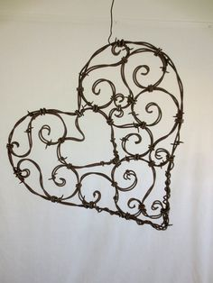 Vintage French Soul ~ Beautiful 12 Spirillian Barbed Wire Heart of by thedustyraven Barb Wire Crafts, Metal Crafts, Diy And Crafts, Wire Hanger Crafts, Metal Projects, Barbed Wire Art, Art Fil, Decoration Table, Beads And Wire