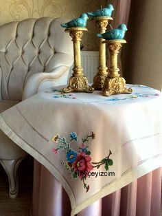 Cross Stitch Embroidery, Table Runners, Style Inspiration, Crochet, Pattern, Table Clothes, Scrappy Quilts, Needlepoint, Centerpieces