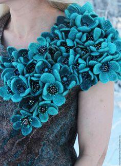 Купить Платье валяное С бирюзовыми цветами - комбинированный, цветочный, валяное платье, шерстяное платье