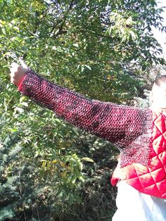 chainmail sleeves Chain Mail, Fingerless Gloves, Arm Warmers, Sleeves, Fashion, Fingerless Mitts, Moda, Chain Letter, Fashion Styles