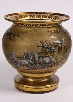 ASE J. Pohl, Haida ca. 1930 Amber glass with feather painting on a matt gold and silver ground, depicting a stagecoach in a romantic landscape. Vases Decor, Art Decor, Bohemia Glass, Feather Painting, Art Nouveau Design, Amber Glass, Swarovski, Antique Art, Decorative Objects