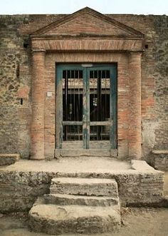 Entrance to bath complex, Estate of Julia Felix, Pompeii Italy (Photo: © Jackie and Bob Dunn)