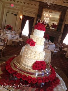 Textured buttercream with red roses, Ivory with roses, buttercream roses, flowers under glass top