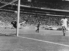 Gordon Banks denies Pele in the 1970 World Cup with a fantastic save at the far post. History Of Soccer, 1970 World Cup, Gordon Banks, Fifa, First World Cup, Bobby Charlton, Classic Football Shirts, Action Images, Stoke City