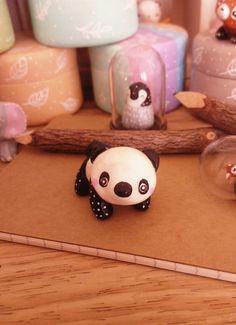 """Figurines décoratives, Petit Totem Panda """"Ma Portée"""" oMamawo... est une création orginale de oMamawolf sur DaWanda"""