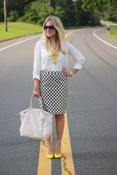 Polka dot pencil skirt business casual idea, click through for more work ideas!