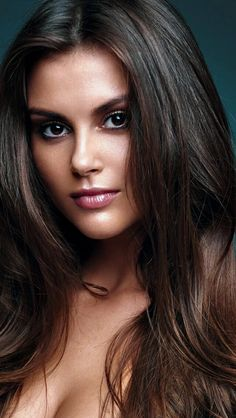 Just Beautiful Faces : Photo Most Beautiful Faces, Beautiful Lips, Beautiful Girl Image, Gorgeous Women, Gorgeous Lady, Stunning Eyes, Beauty Full Girl, Beauty Women, Top Beauty