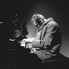 #BillEvans #Jazz #Jazzy #Music #Musica Jazz Artists, Jazz Musicians, Jazz Painting, Bill Evans, Classic Jazz, Visual And Performing Arts, Cool Jazz, Night Vibes, Jazz Blues