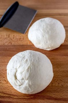 Easiest way of making your own pizza dough