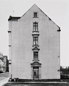 Bernd and Hilla Becher, Haus, Dortmund-Marten, Ruhrgebiet (1979), Gelatin silver print.