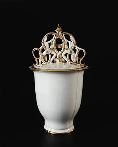 Porcelain Vase  Gio Ponti  1928