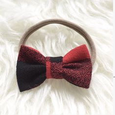 This buffalo Plaid Hairbow would be the perfect stocking stuffers for your little girls! Baby Shower Gifts, Baby Gifts, Fabric Bows, Modern Kids, Toddler Hair, Hairbows, Kid Styles, Baby Essentials, Baby Bows