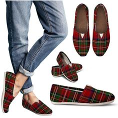 Tartan Women's Casual Shoes Tartan Fashion, Look Fashion, Fashion Shoes, Womens Fashion, Fashion Trends, Ladies Fashion, Feminine Fashion, Fashion 101, Fashion Outfits