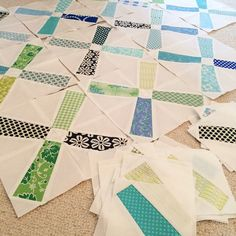 I wanna make a second attempt to finish this WIP. The pattern is called scrappy windmills and it is from #lovepatchworkandquilting magazine. This is paper pieced and I couldn't find the motivation to work on it lately. Here we go again. I'm just using blues and greens from my favorite designers. #bonnieandcamille #deniseschmidt #sweetwater #lizzyhouse #katespain #beeinmybonnet #andmanyothers #sewmystash2015