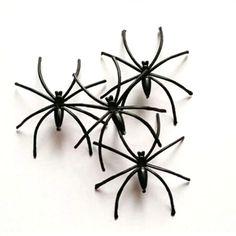 10 x Thin Spider Fake Funny Prank Joke April Fool Fancy Dress Realistic Lifelike