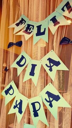 Anaquiños de papel: Packaging Día del Padre Fathers Day Banner, Fathers Day Poems, Fathers Day Crafts, Happy Fathers Day, Father's Day Celebration, Christian Symbols, Father's Day Diy, Ideas Para Fiestas, Balloon Decorations