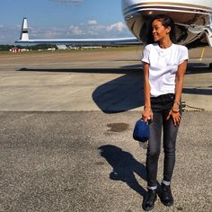 Rihanna black sneakers and white tee ❤️