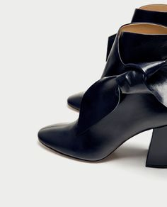 Image 5 of LEATHER HIGH HEEL ANKLE BOOTS WITH BOW from Zara