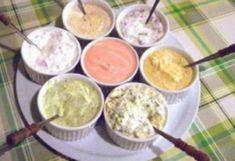 Plusieurs sauces pour fondue