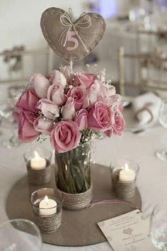 Vintage wedding table settings centerpieces centre pieces ideas for 2019 Diy Wedding, Rustic Wedding, Wedding Flowers, Wedding Day, Trendy Wedding, Wedding Vintage, Wedding Colors, Dream Wedding, Wedding Table Decorations