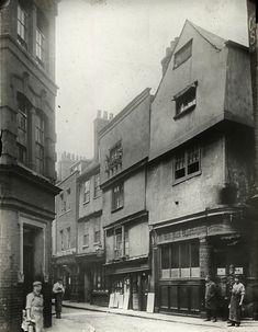 The Old Dick Whittington ~ Cloth Fair ~ Smithfield ~