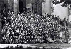 San Inazioko eskolako ikasleak eta irakasleak / Grupo de alumnos y profesores de la Escuela San Ignacio, 1949 (ref. 03403)