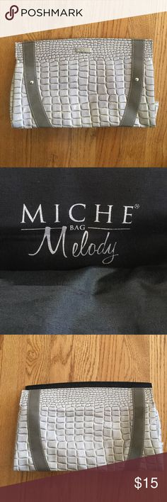 Melody Shell for Classic Miche Melody Shell for the Classic Miche bag. Slips over the entire Miche base. Not in original packaging but never used. Comes from a smoke free and pet free home. *bag not included. Miche Bags