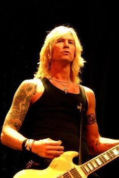 Duff McKagan / Velvet Revolver, Loaded