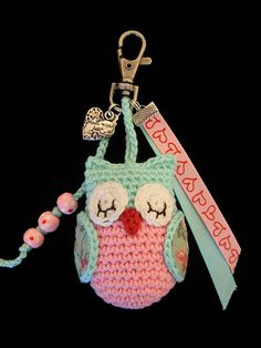 69 Ideas crochet keychain libraries for 2019 Crochet Birds, Love Crochet, Crochet Animals, Diy Crochet, Crochet Crafts, Crochet Projects, Owl Patterns, Amigurumi Patterns, Crochet Patterns
