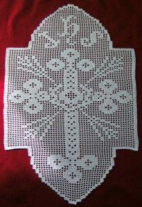 Crochet Filet Napperon ' Croix ' dentelle art religieux.
